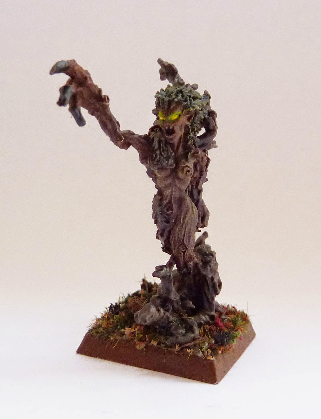 Drycha, Briarmaven of Woe, from Warhammer Wood Elves