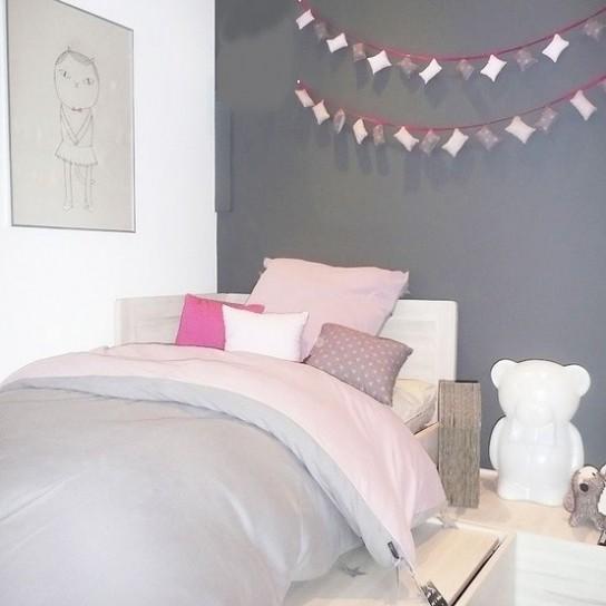 archicasa la perfezione del grigio 2 la cameretta. Black Bedroom Furniture Sets. Home Design Ideas