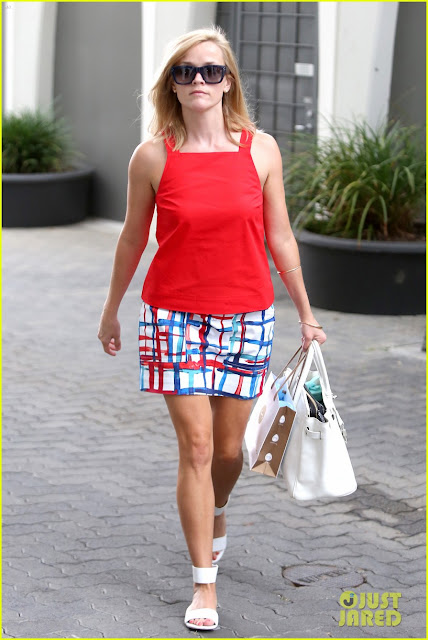 Reese Witherspoon summer 2013 style