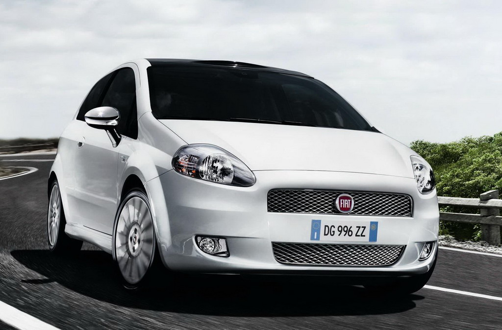fiat linea and fiat grande punto to get mid career facelifts car auto. Black Bedroom Furniture Sets. Home Design Ideas