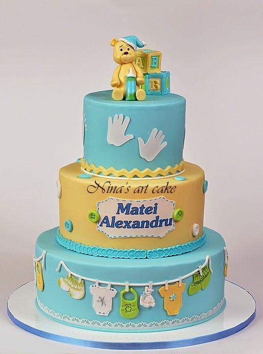 Tort botez cu ursulet pentru Matei