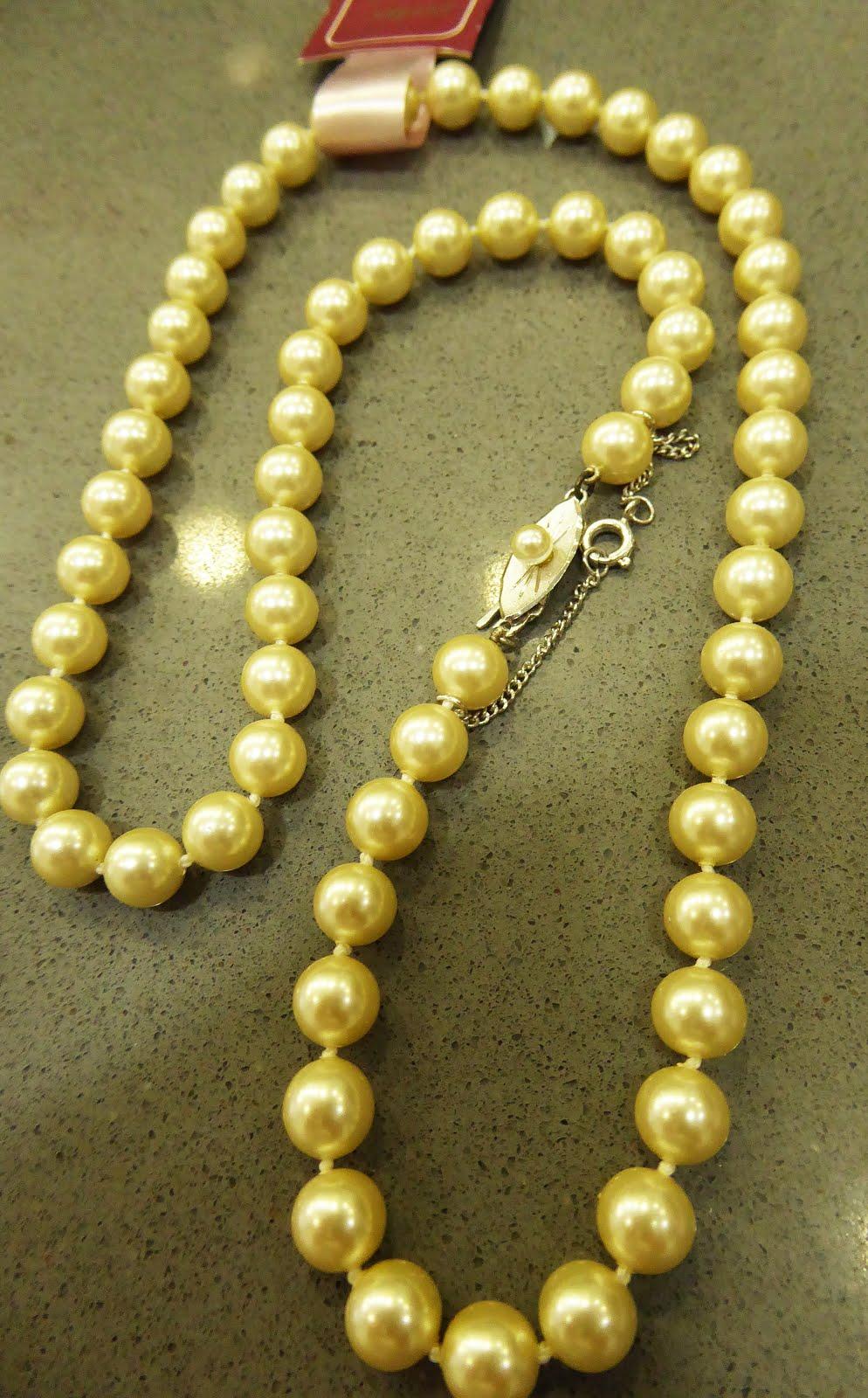 Collar de perlas majóricas
