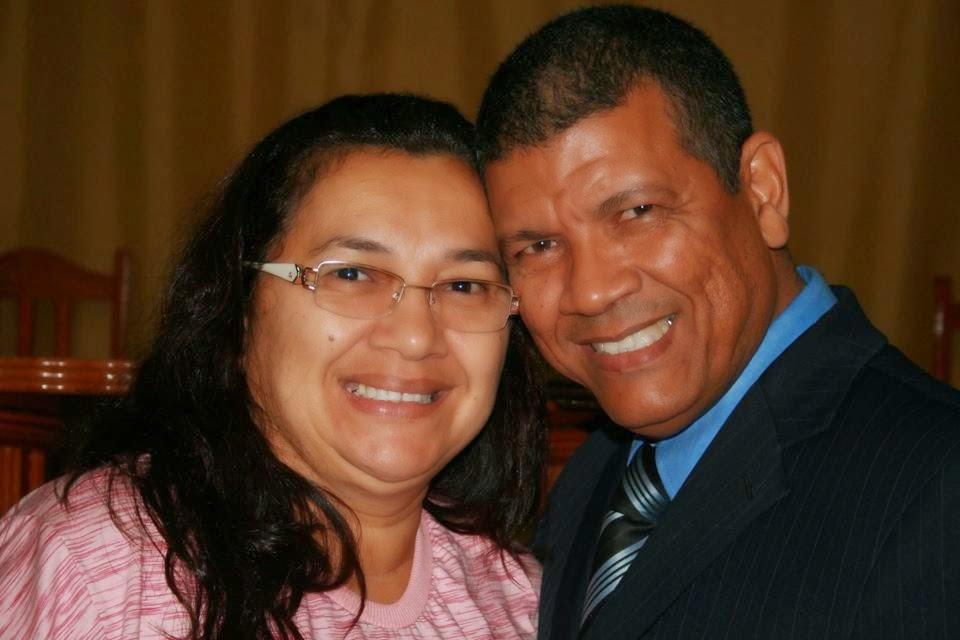 Pr.MANOEL A. RIBEIRO(Pr. Presidente ADECIN) e sua esposa Prª Raquel