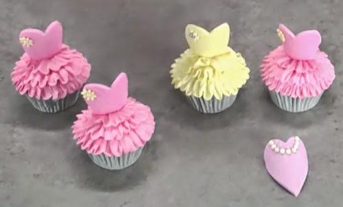 Cupcake con forma de traje bailarina