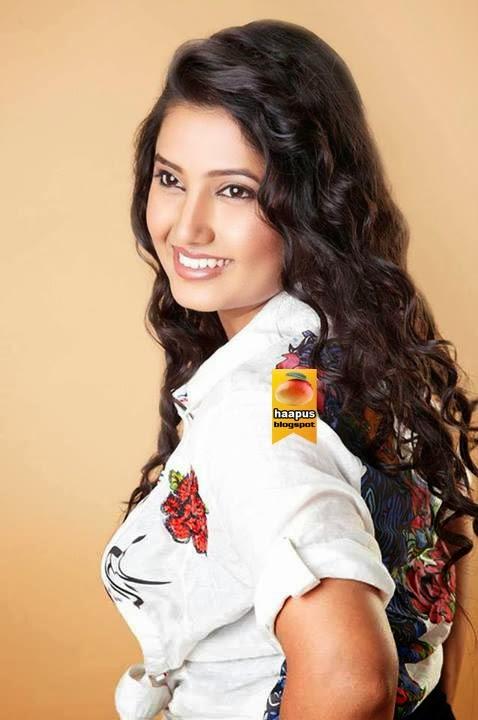 Prajakta mali hot photoshoot cute marathi actresses bollywood prajakta mali hot photoshoot thecheapjerseys Choice Image