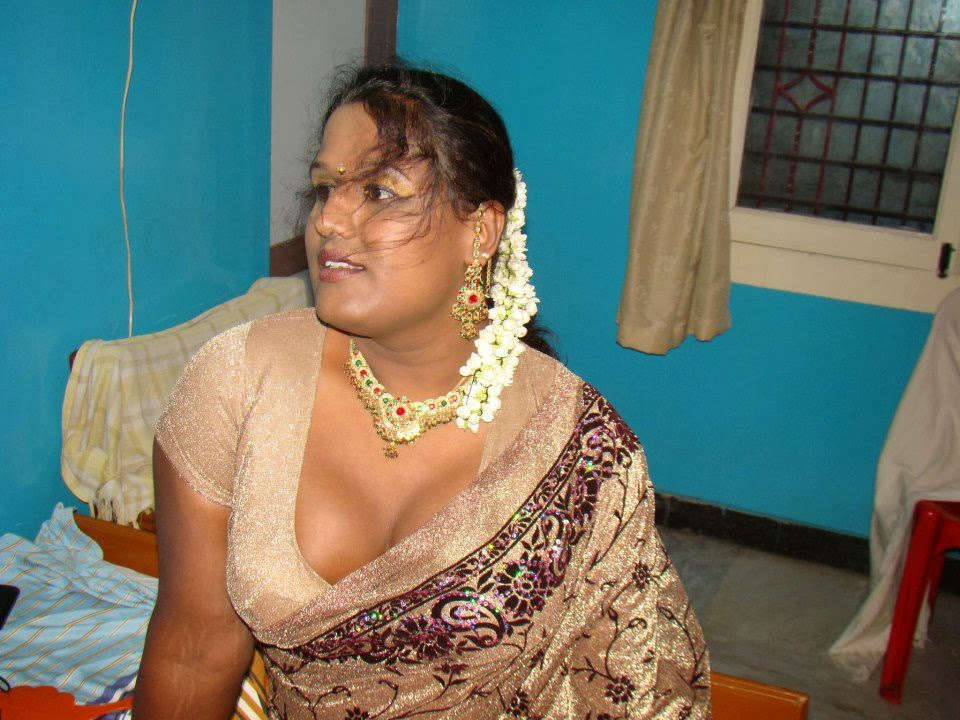 ... share to pinterest labels aged aunty aunties saree blouse cleavage