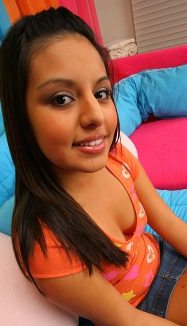 Sexy girl qwif in porn