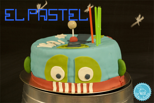 Pastel robot by Fiesta y chocolate