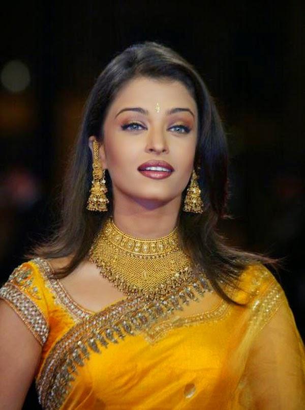 Aishwarya Rai at 55th Cannes film festival in 2002