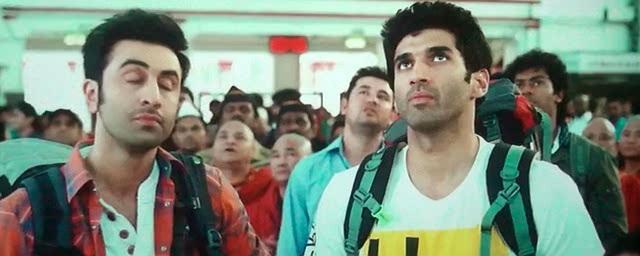 Screen Shot Of Hindi Movie Yeh Jawaani Hai Deewani (2013) Download And Watch Online Free at worldfree4u.com