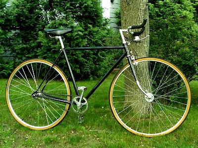 Sepeda Fixie Minimalis Konsep