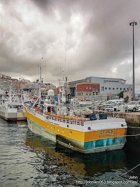 fotos de barcos, imagenes de barcos, la guardia, cedes, palangrero, vigo