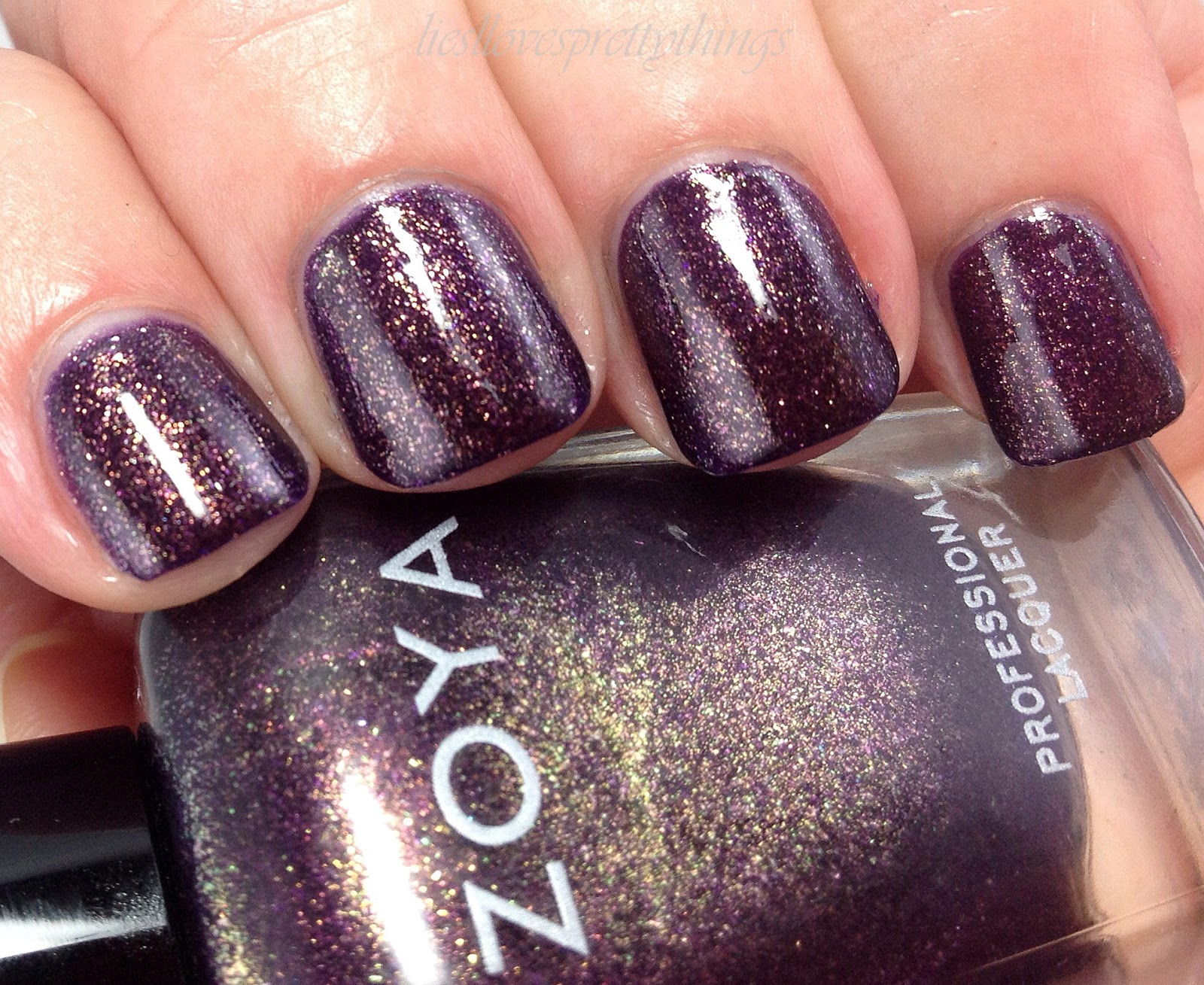 Zoya Sansa swatch and review