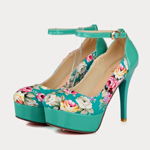 http://www.lovelyshoes.net/Europe-new-style-fashion-printing-flowers-decoration-elegant-pumps-Z-HDH-A-8-g109688.html