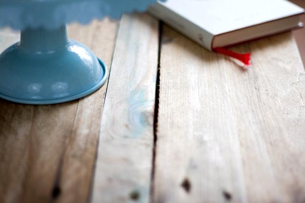 Tisch aus Paletten bauen