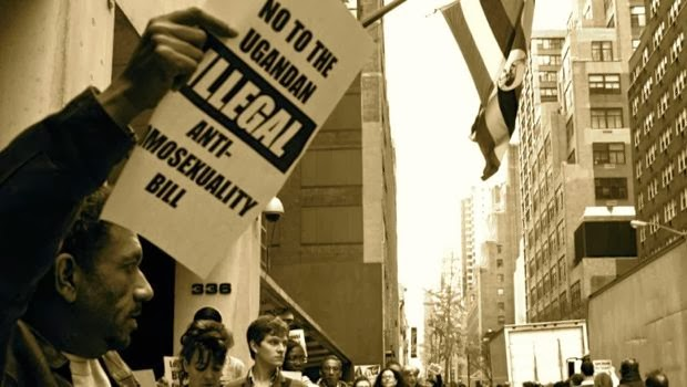 ACT UP protesta contro la legge anti-gay a New York