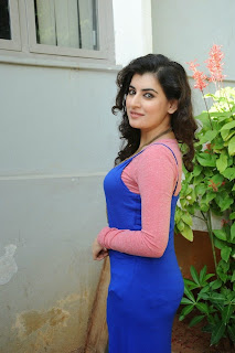 Actress Archana (Veda) Latest Pictures at Sri Padmavathi Art Productions New Movie Opening  0045.jpg