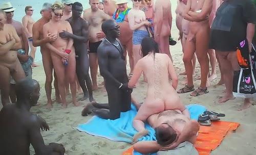 Cap d'Agde 07 (Public Nude Beach Sex)