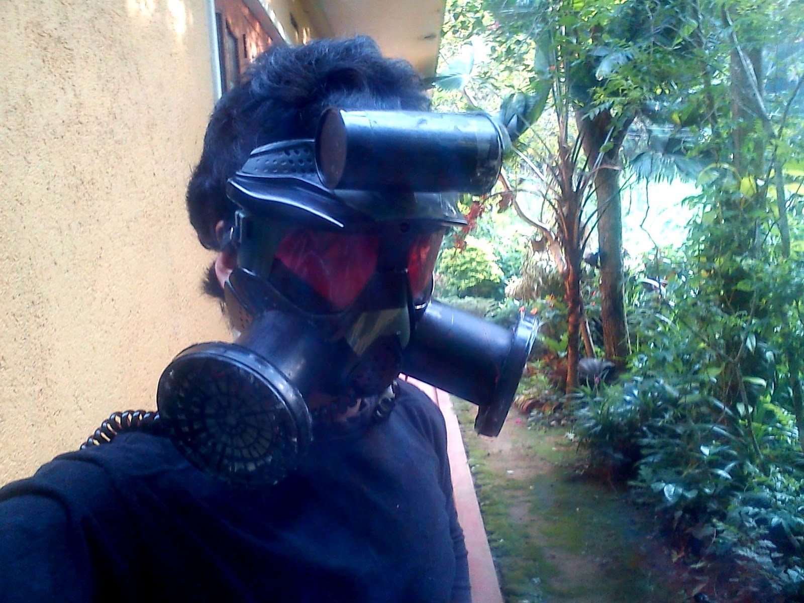 how to make gas mask unturned