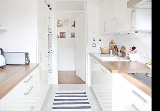 15 k che schlauchform bilder wohnzimmer einrichten tipps. Black Bedroom Furniture Sets. Home Design Ideas