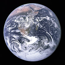220px-The_Earth_seen_from_Apollo_17.jpg