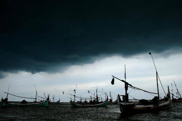 Cuaca Buruk Diperkirakan Sampai Februari 2013