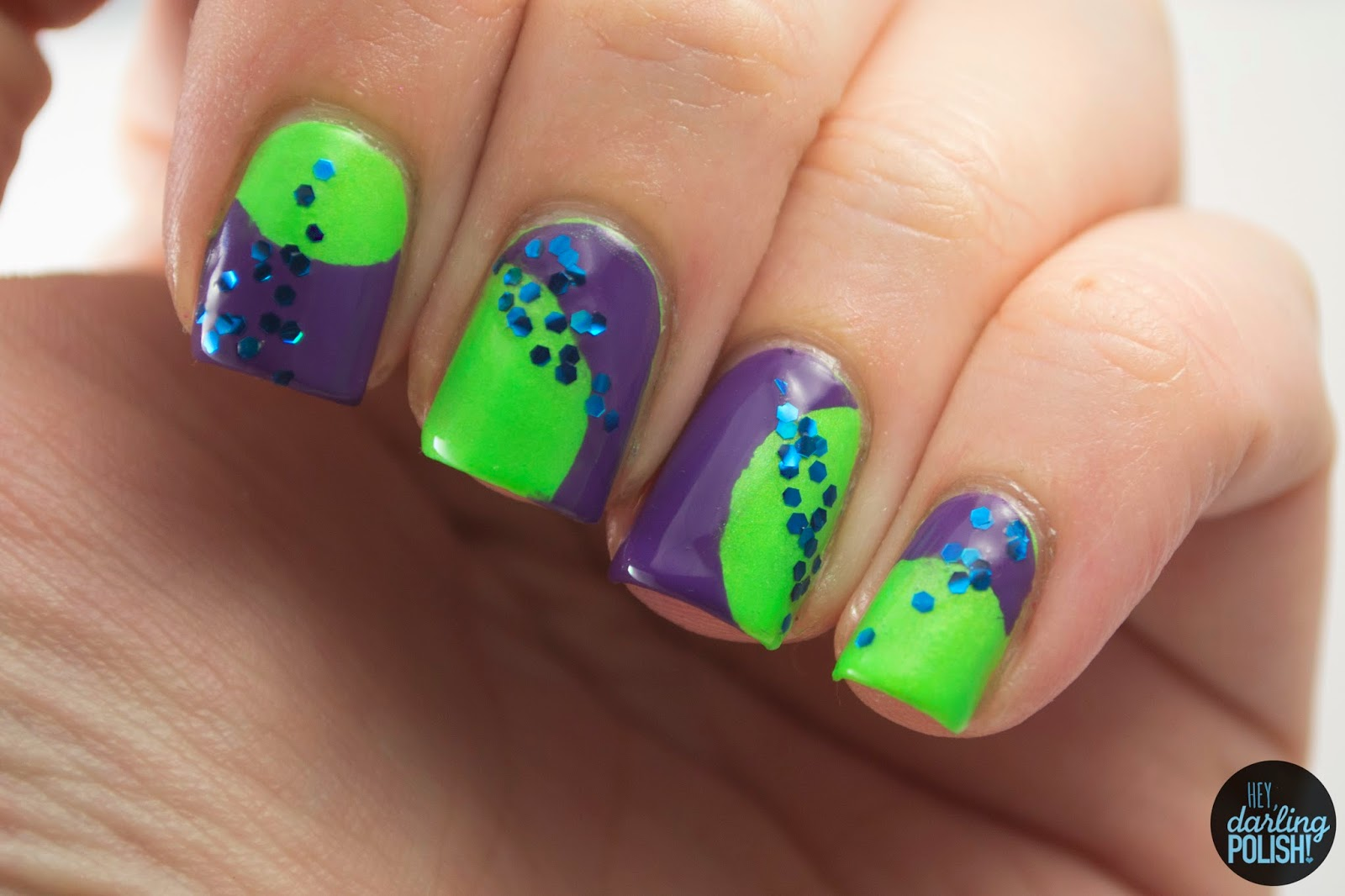 nails, nail art, nail polish, polish, tri polish challenge, tpc, green, blue, purple, hey darling polish, glitter