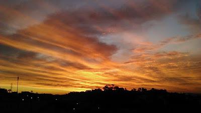 Foto do por do sol num sábado