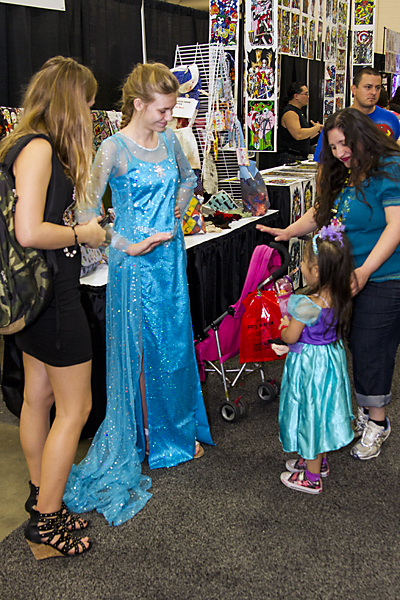 Elsa at Alamo City Comic Con