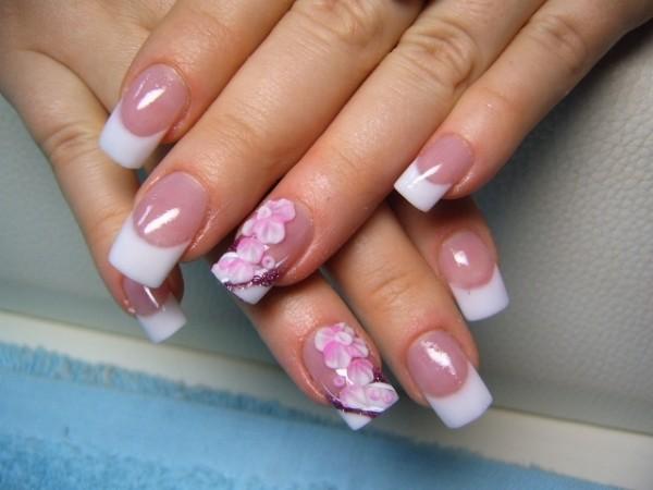 latest simple nail art design
