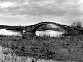 Ήταν ένα γεφύρι στον Λούρο...
