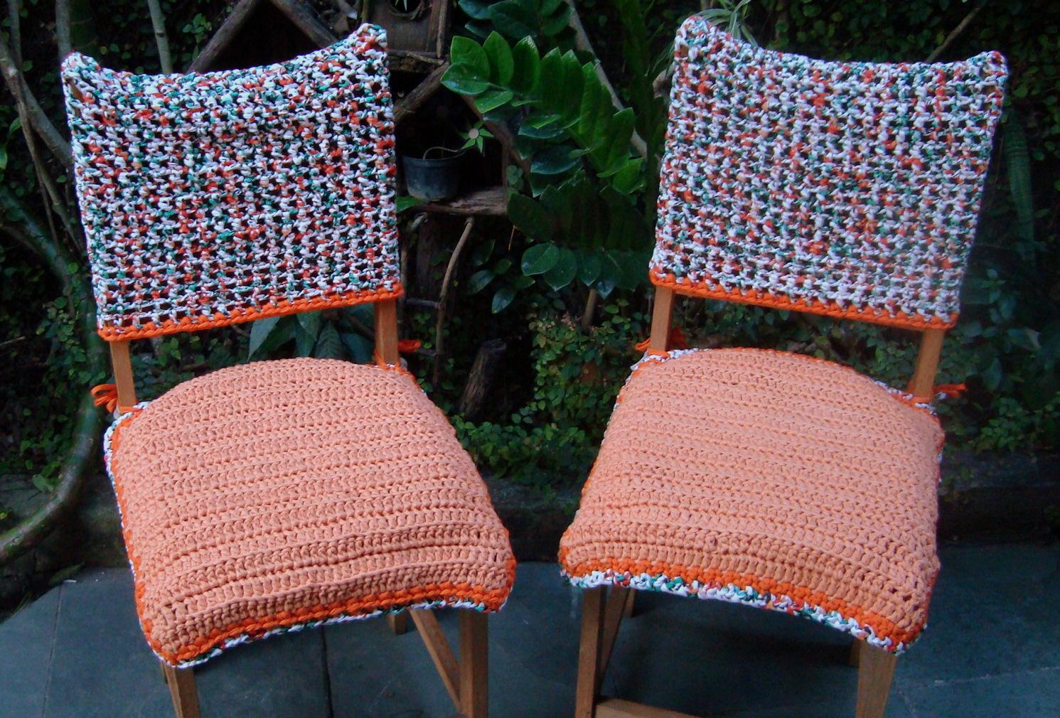 Cadeiras de cozinha velhas (falta pintar para o forro sobressair mais  #A73D24 1491x1010