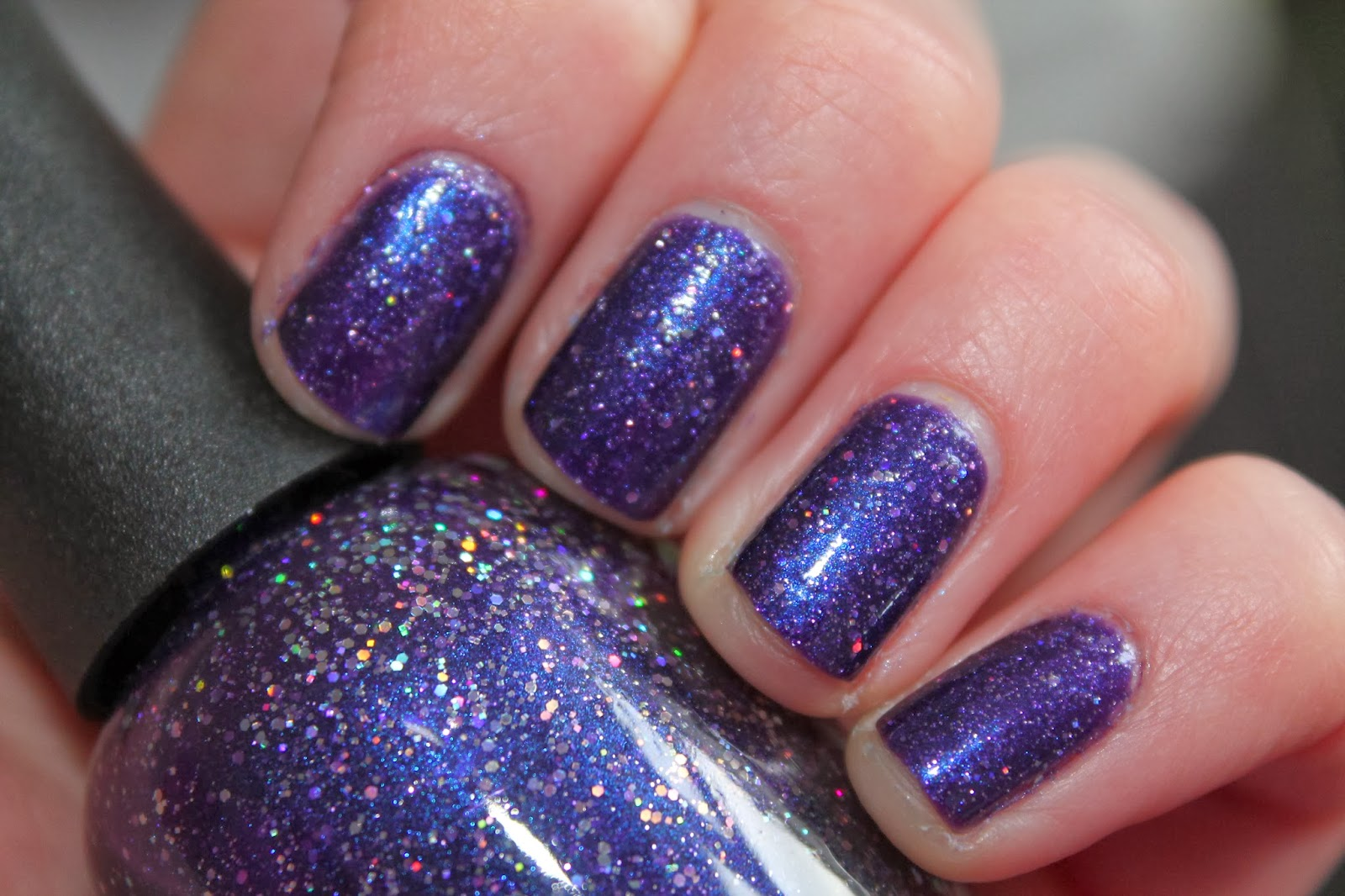 Manicure Monday - Purple Xing | gingerbread smiles.