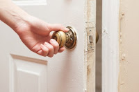 Locksmith Portland door lock open