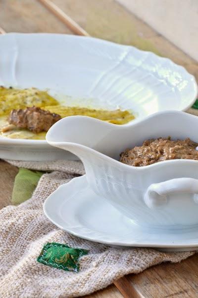 filetti di platessa al forno con pepe , curry e fugnhi champignon