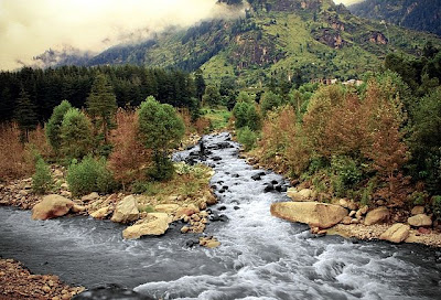 stream-beas-river, manali-india, attractive-tourist-place-india, tour-plan-india