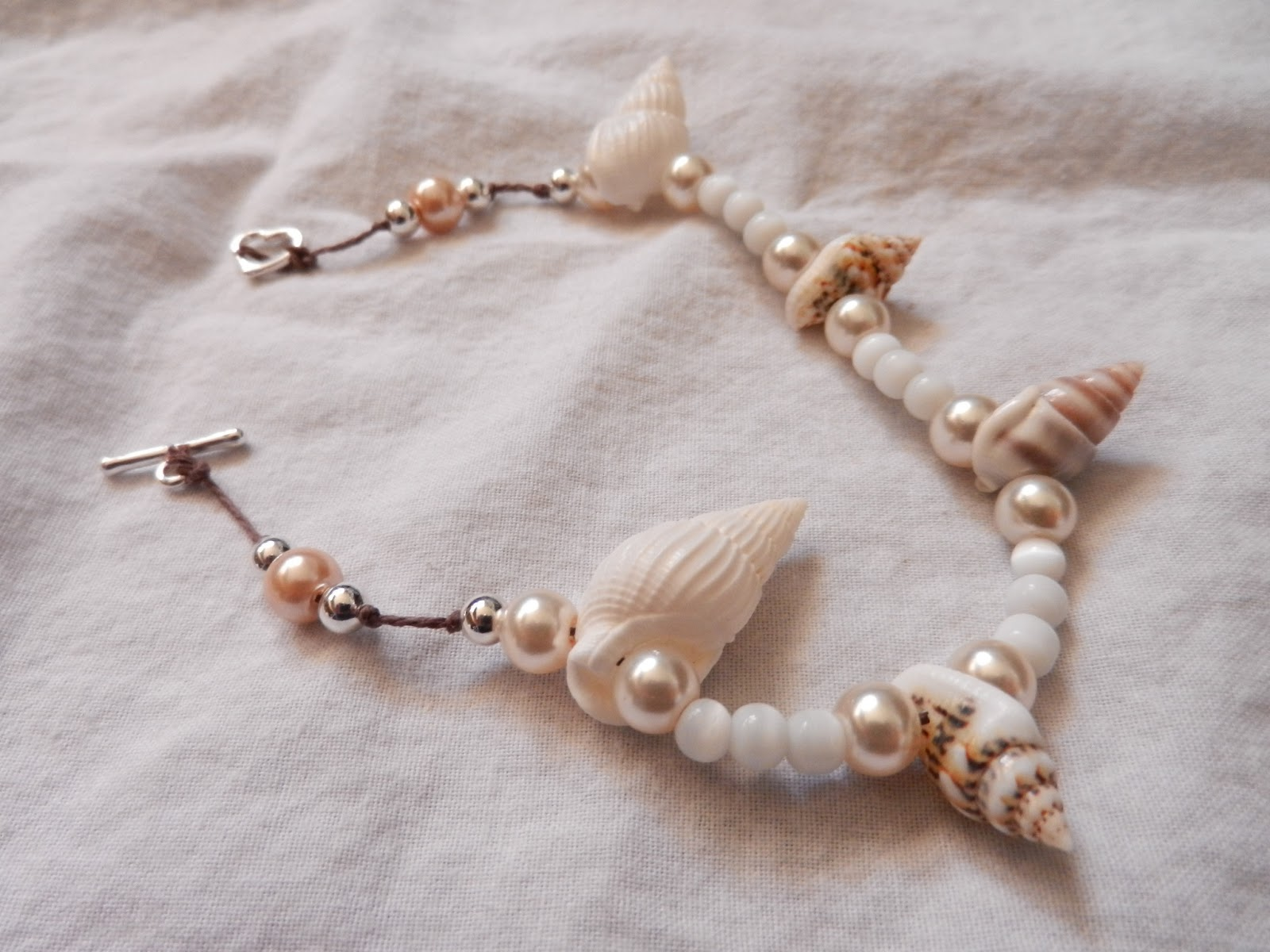 natural beach shells bracelet