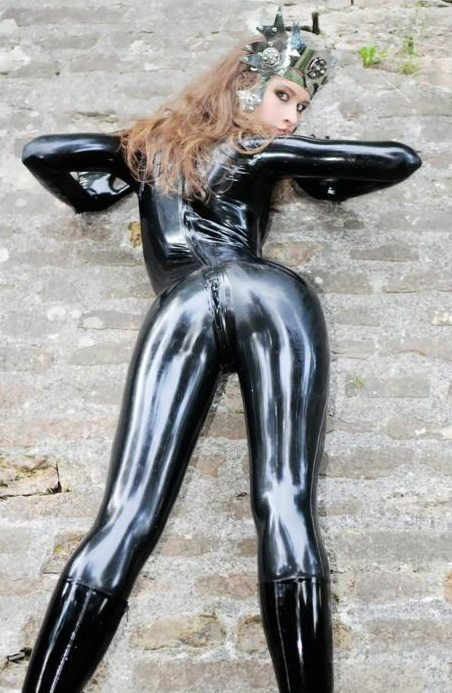 Latex Hotties 2 20 Pics Collections Hot Photos
