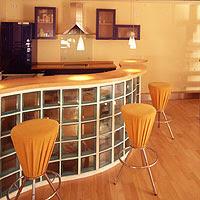 Bloques de vidrio en la construccion de arkitectura - Cocinas con bloques de vidrio ...