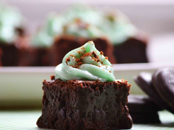 Once Apon A Time, I Was A Brownie: Grasshopper Brownies (Using Girl Scout Thin Mints)