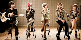 Kolaborasi 2NE1 Featuring Jung Sung Ha