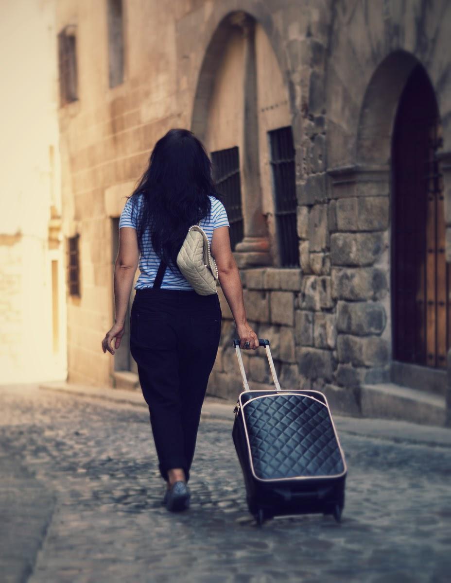 travel+blogger