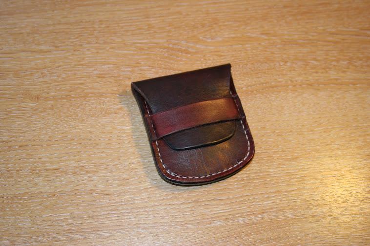 Gents 'flat' purse