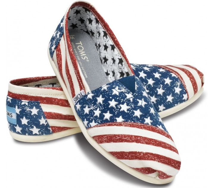 shoe of the day toms and stripes s vegan