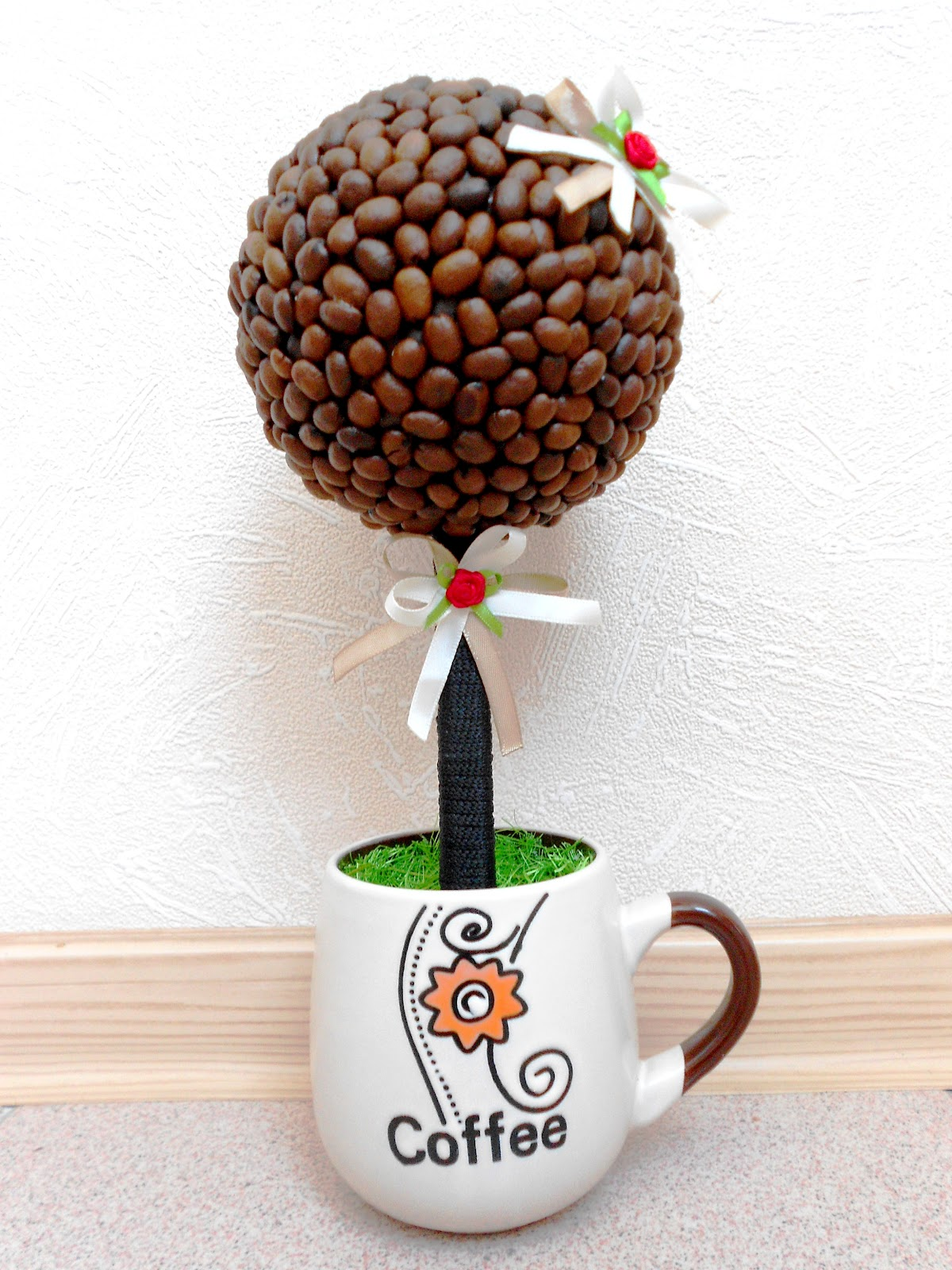 Топиарий своими руками для начинающих из кофейных зерен