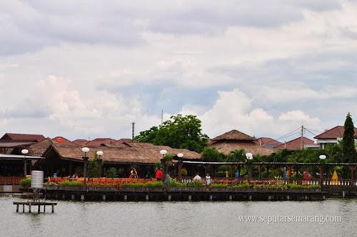 Kampung laut dari maerokoco