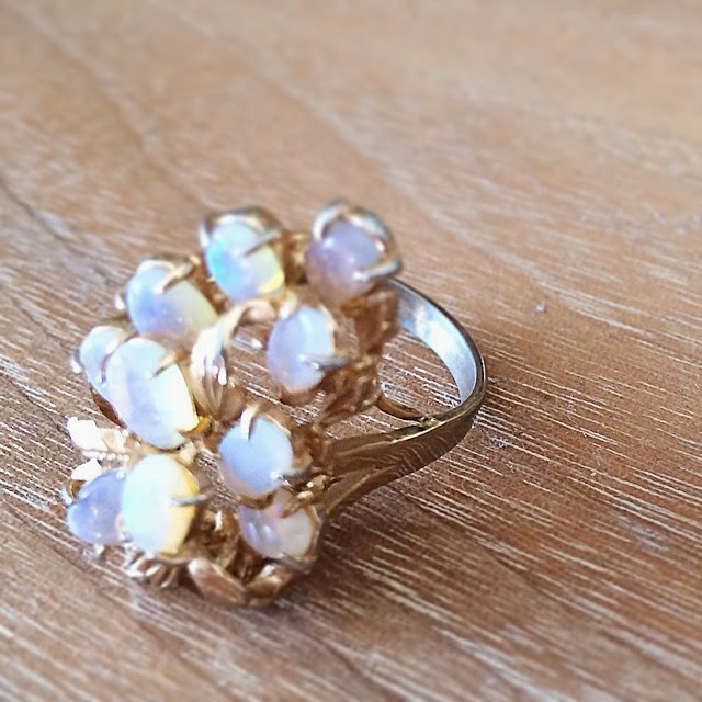 #thriftscorethursday Week 48 | Instagram user: lightglassandtrend shows off this Vintage Opal Ring