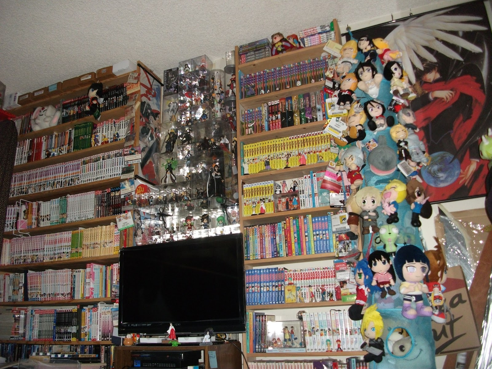 timid otaku anime manga videogames fan art cosplay geeky