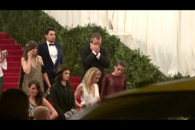 Kristen Stewart - Imagenes/Videos de Paparazzi / Estudio/ Eventos etc. - Página 31 BJo9aIHCQAAAowA.jpg-large