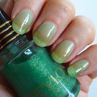 Revlon Rio Cool Nail Polish Swatch
